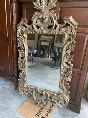 Hand carved wood mirror for Sale in Palm Beach Gardens, FL