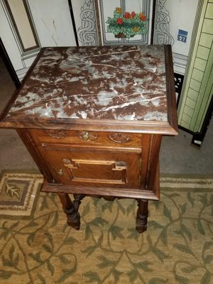 Antique Side Table for Sale in Catonsville, MD