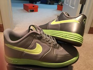 """ FLAWLESS CONDITION- AF1's LUNAR FUSE 1 !! METALLIC DARK SILVER/w VOLT !! SPECKLED FLAKES ON VOLT SOLES - ( MENS 10.5 ) *LIGHT IN WEIGHT*!! for Sale in Orlando, FL"