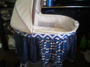 Baby basinet for Sale in New Britain, CT