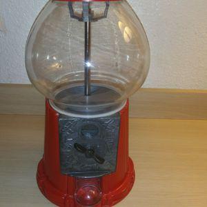 Gum Ball Machine for Sale in Everett, WA