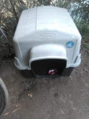 Dog house for Sale in Modesto, CA