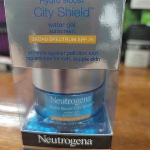 neutrogena hydro boost city shield water gel for Sale in Cleveland, OH