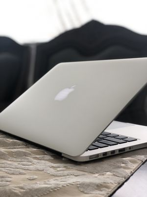 **MacBook Pro 13in Retina Display 2014-2015 Model*** for Sale in Chicago, IL
