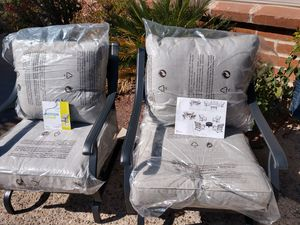 (New )Set of 2 Garden Treasure Outdoor Chairs for Sale in Tucson, AZ