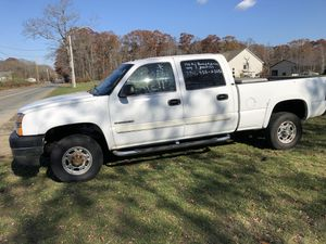 2005 Chevy Silverado 2500 for Sale in Dighton, MA