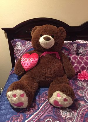 Big teddy bear for Sale in Poinciana, FL