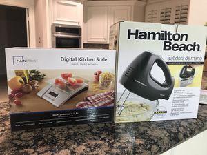 Digital kitchen scale& Hamilton beach mixer yh storage case for Sale in Katy, TX