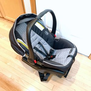 Graco Car Seat for Sale in Federal Way, WA