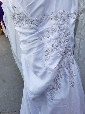 David's Bridal wedding dress 20W for Sale in Bellflower, CA