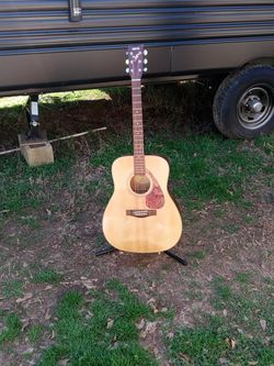 Guitar for Sale in Liberty,  SC