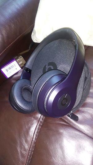 Beats by Dre solo 3 black wireless for Sale in San Dimas, CA