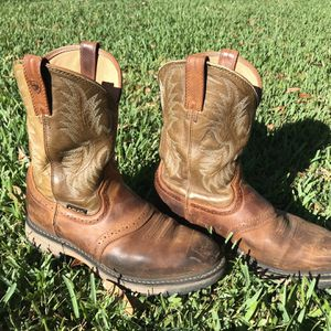 Used Ariat WorkHog Men's Round Toe Work Boot for Sale in Lutz, FL