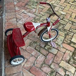 Radio Flyer Tricycle Vintage for Sale in Pompano Beach,  FL