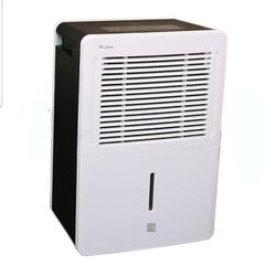 Kenmore 54530 30-pt. Dehumidifier for Sale in Tampa,  FL