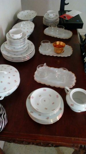 Full Fine China Set Czecho-Slovakia 240 for Sale in Avon Park, FL