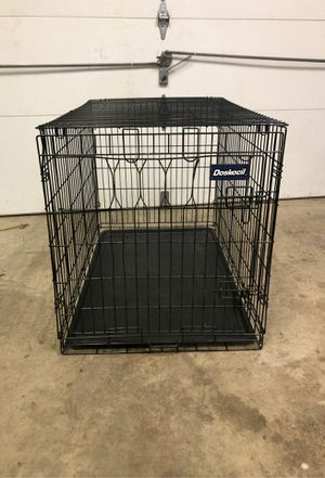 Doskocil Dog Crate 24in x 36in for Sale in Annapolis, MD