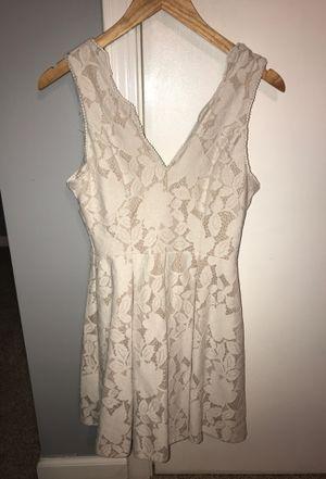Cream lace dress size S for Sale in Murfreesboro, TN