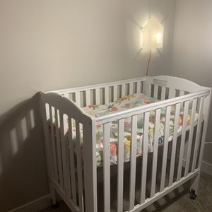 Baby Crib for Sale in Malden, MA