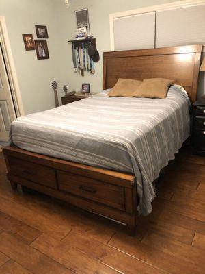 Queen Bed Set for Sale in Orange, CA