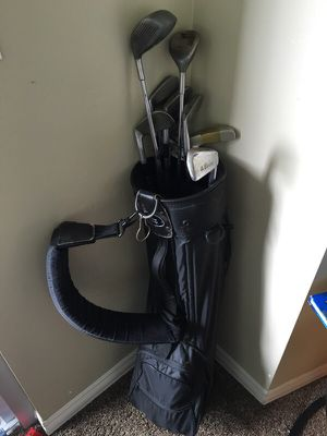 Caddy and golf clubs for Sale in San Diego, CA