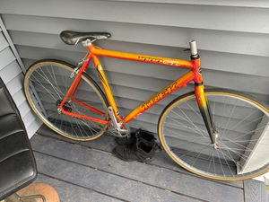Trek SL 1000 Road bike for Sale in Manchester, NH