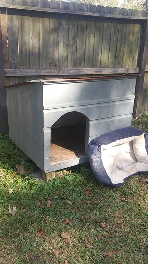 Dog house for Sale in Porter, TX