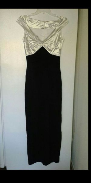 Elegant party dress for Sale in Brentwood, CA