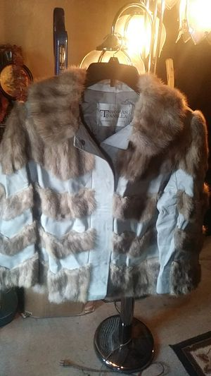 Leather & fur jacket for Sale in Buffalo, NY