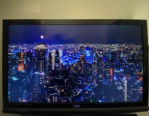 "55"" Vizio TV with wall mount for Sale in Vista, CA"