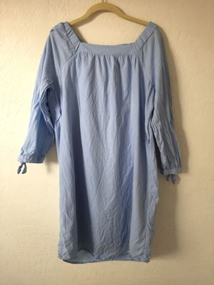 Old Navy Thin blue striped dress for Sale in Coolidge, AZ