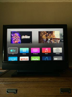 AOC 32 inch TV w/ Apple TV for Sale in Tigard, OR