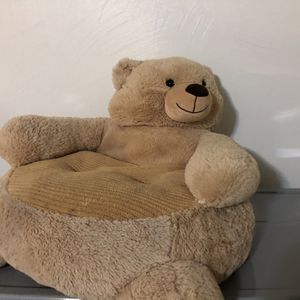 Toddler Bear Chair! for Sale in Cleveland, OH