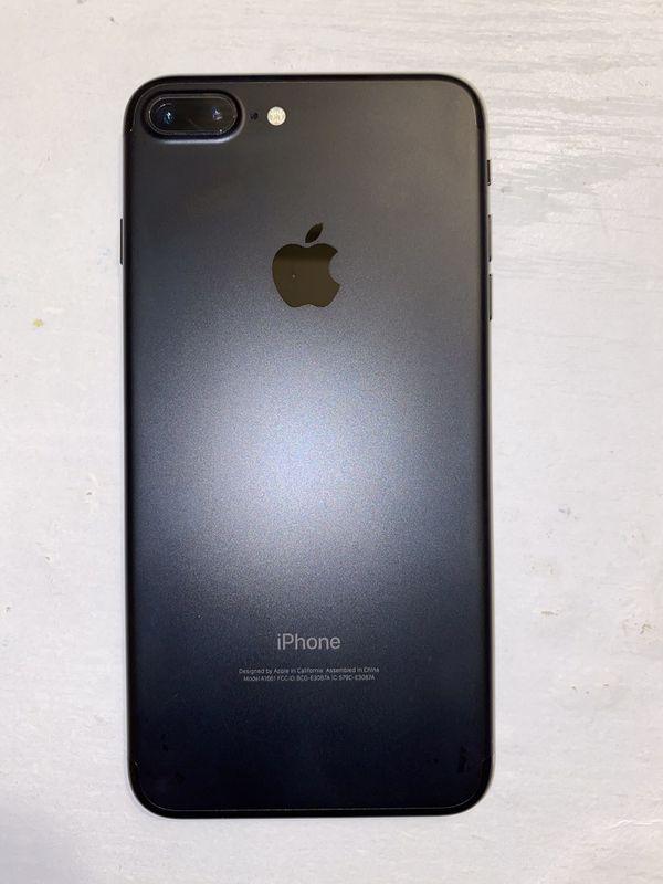 Black iPhone 7 Plus 128 GB
