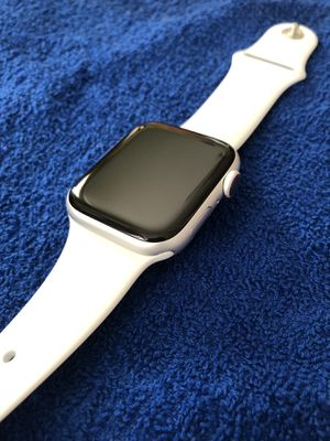 Apple Watch series 4 44mm GPS + LTE silver for Sale in Montebello, CA