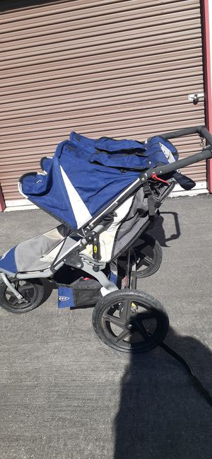 B.O.B double jogger stroller for Sale in North Las Vegas, NV