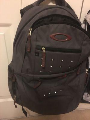 Oakley backpack barely used for Sale in Lake Ridge, VA