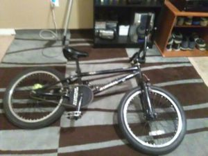 Is a 2009 Diamondback Joker bmx bike for Sale in Atlanta, GA