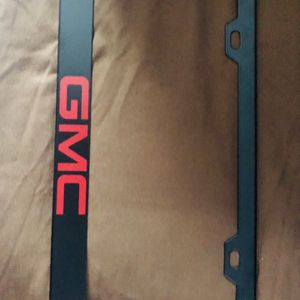Black and Red GMC License plate cover. Metal for Sale in Miami, FL