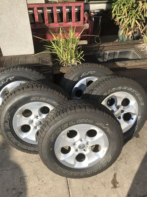 "18"" Jeep Wrangler tires and wheels Factory OE for Sale in San Diego, CA"