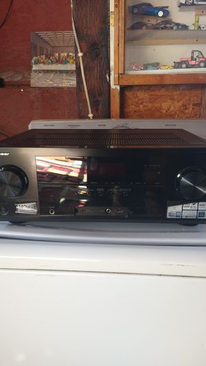 Pioneer av Receiver. Bose acoustimass 6 lll home ENT. Sisters y 2 jbl for Sale in San Diego, CA