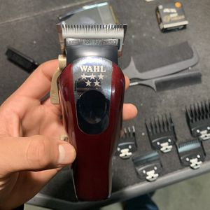 Ceramic Bladed Wahl Clipper Set for Sale in Fresno, CA