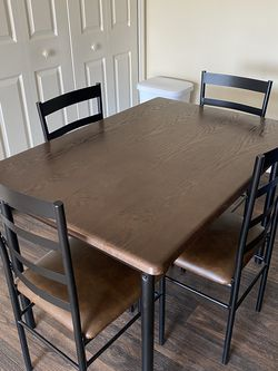 Dining Room Table for Sale in Reynoldsburg,  OH