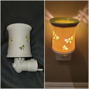 Retired Scentsy Damsel Dragonfly Wall Plug in wax warmer for Sale in Las Vegas, NV