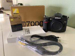 Nikon Camera D7000 for Sale in Homestead, FL
