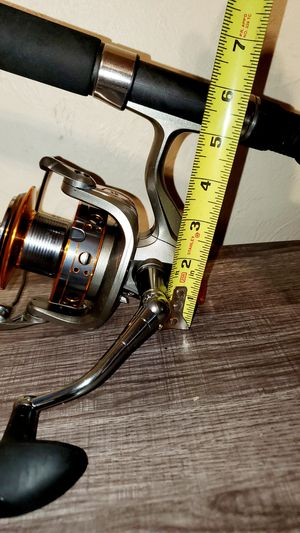Big game spinning fishing reel for Sale in Revere, MA
