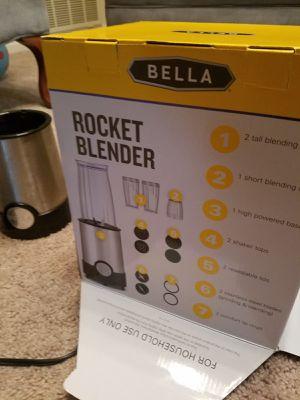Bella rocket blender for Sale in Smyrna, GA