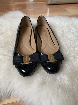 Salvatore ferragamo varina leather flats for Sale in Rockville, MD