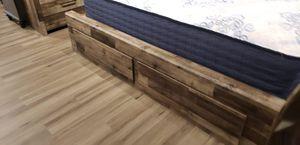 Storage king 4pc bedroom set for Sale in Woodbridge, VA