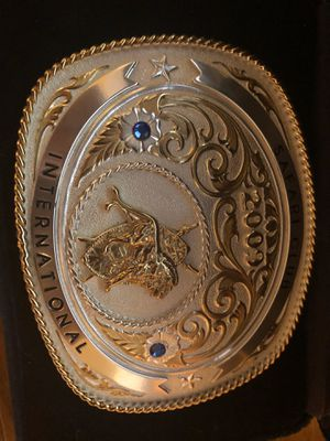 Silver and gold Sarai club belt buckle for Sale in Arlington, TX